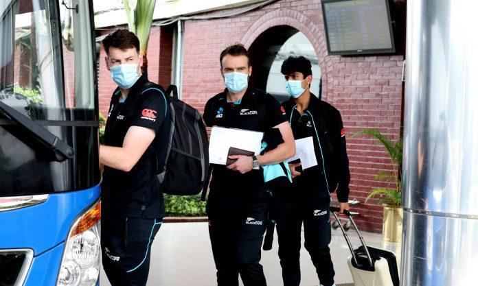 ঢাকায় নিউজিল্যান্ড দল : খেলবে ৫ ম্যাচের টি-২০ সিরিজ